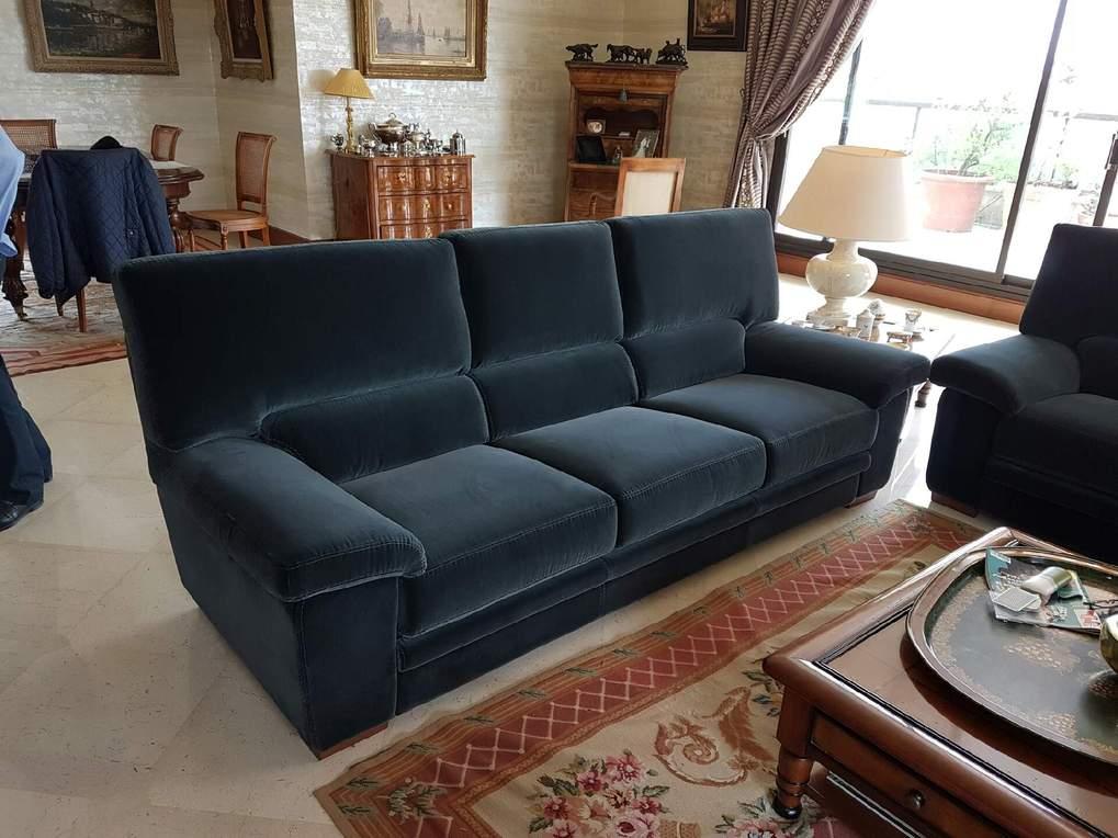 magnifique canap sur mesure livr saint cloud. Black Bedroom Furniture Sets. Home Design Ideas