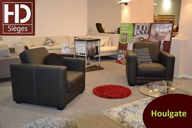 8382cf249543 Fauteuil HOULGATE - Fabricant de canapé en cuir sur mesure à Mont-de ...